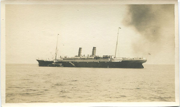 BERMUDA Furness Line S.S. Bermudian leaving Hamilton Harbour for New York
