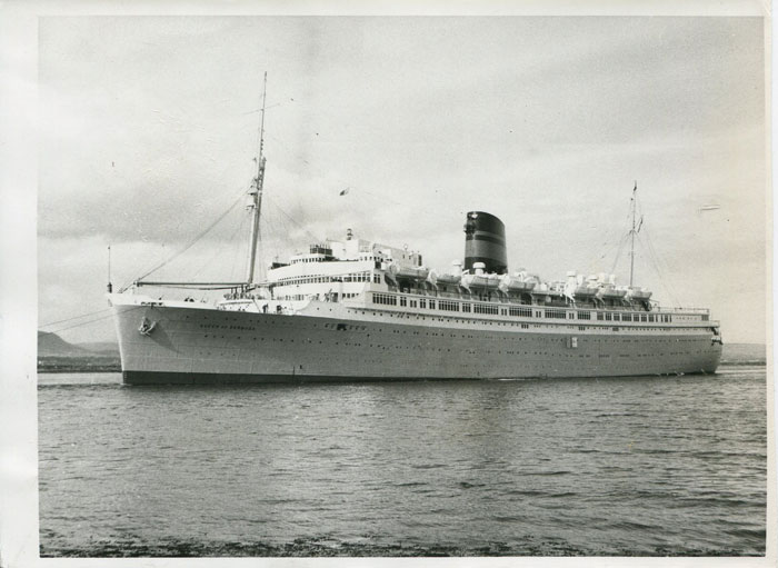 REUTER PHOTOS LTD SS Queen of Bermuda
